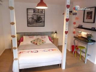 Independent room to let in Brest, at Christelle's place