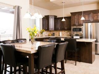 A golf vacation home with an open floor plan, perfect for entertaining family, friends and small groups., Saint George