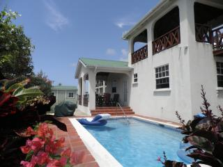 Stunning Detached Villa with pool & sea views, Bottom Bay