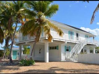 Waterfront Oceanside Home Heated Pool, Boat Dock., Tavernier