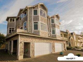2675 Sunset - OCEAN FRONT - Professionally Managed, Seaside