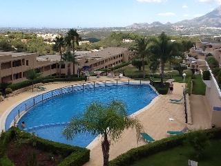 Apartment with large terrace and sea view, Altea