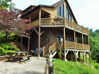 Majestic Mountain Views-Hot Tub-Romantic Luxury!, Bryson City