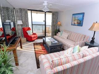 Charming PCB Gulf Front Condo - Totally Renovated!, Panama City Beach