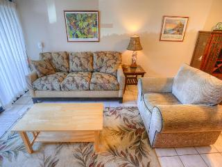 Ground-Floor Walkout Two-Bedroom Condo Close to Kamaole Beach I, Kihei