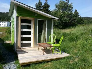 EAST COAST TRAIL BUNKY BY THE SEA, Tors Cove