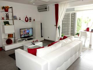 Grand Case One-Bedroom Apartment up to 2 guests