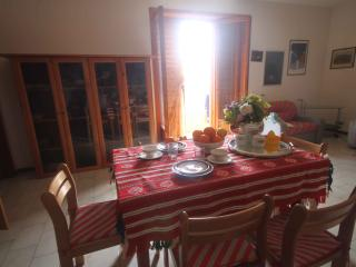 Fortuna: beach, sea, relax. Apartment 2-5 people., Oliveri