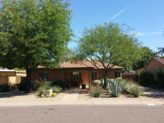 Executive Home at Central/Camelback, Phoenix