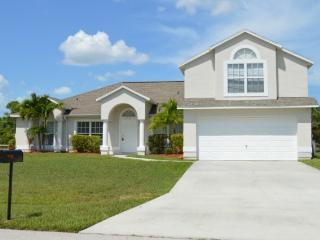 Luxrious- 5 Bed 3bath 3900 sq ft,Home w/ pool, Port Saint Lucie
