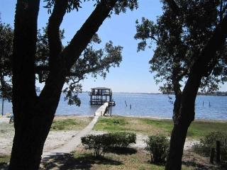 Beach Cottage at RoLo Landing on Innerarity Point, Pensacola