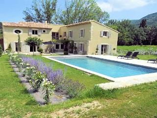 Souspierre Drôme, High level standing Landhouse 10p. private pool, unlimited view