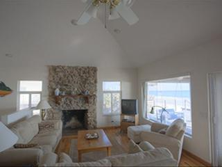 4 Bedroom Beach Front, Quiet Relaxed Living Year, New Smyrna Beach