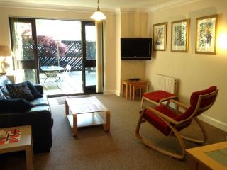 Ocean Village Garden Apartment, Southampton