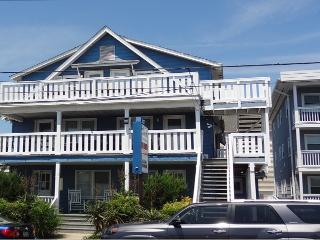 Hitch, 2.5 blocks to Beach & Boardwalk, Ocean City