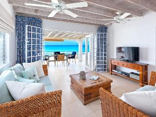 Romantic Mullins beach house, uninterrupted views