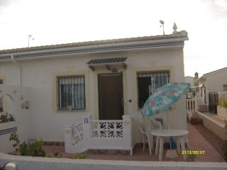 nice Bungalow close to the beach, Ciudad Quesada