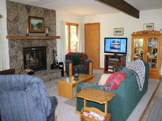 Cozy 4 Bedroom Single Family Home With Amazing Views, Dillon