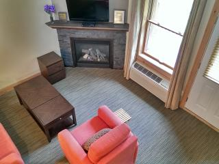 Modern, Recently Built Suite Near All Amenities, Mont Tremblant
