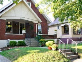 Lovely Home, Centrally Located, Louisville