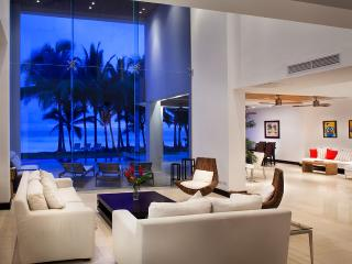 Casa Del Mar, Sleeps 12, Playa Hermosa