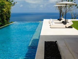 Uluwatu cliffside C1, Sleeps 6, Penebel