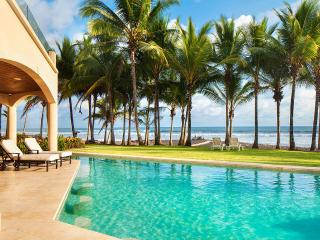 Villa Royal Palms, Sleeps 8, Playa Hermosa