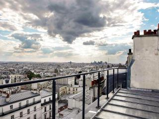 Bio 618, Sleeps 6, Levallois-Perret
