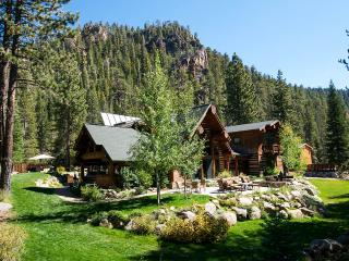 Painted Rock Lodge, Sleeps 16, Olympic Valley