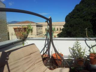 APARTMENT with TERRACE, Palermo