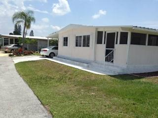 1 WEEK/MONTH VACATION RENTAL - OCTOBER, 2015 ONLY, Fort Myers