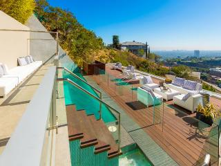 Archie's Estate, Sleeps 6, West Hollywood