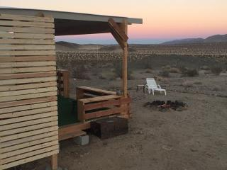 Private 10 Acre Ranch, 2 Miles from Indian Cove, Joshua Tree