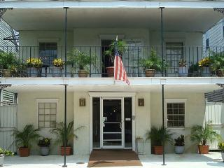 Empress Hotel In Historic Treme Just Two Blocks, New Orleans