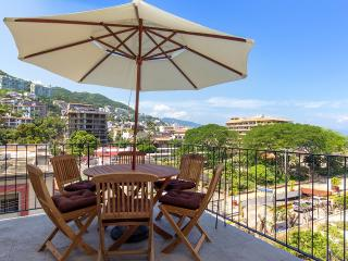 Beautiful view to The Park at Romantic Zone, Puerto Vallarta