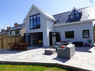 Five Star Holiday Property - Brierbank, Tenby