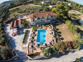 VILLA IONIAN with shared pool in IONIAN STUDIOS co, Lassi