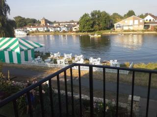 Staines (nr Windsor, Heathrow, West London)