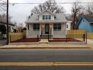 Luxury 4BD, 2 ½ Bath Detached Single Family House