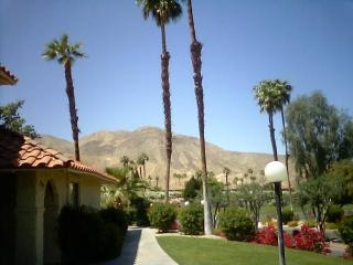 FURNISHED 2 BEDROOM TENNIS CONDO IN PALM DESERT!, Palm Desert