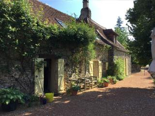 La Morenchie, farmhouse with private poool, Excideuil