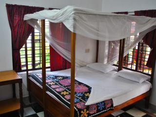 Clean Sunny&Comfy Rooms at KeraTheeram Varkala