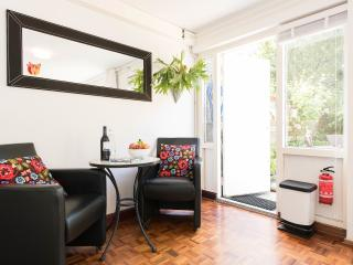 Room with lovely garden, Amsterdam