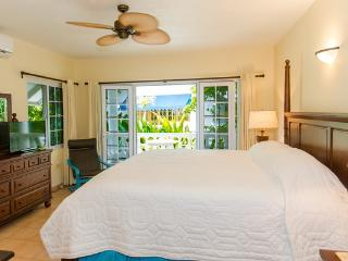 Upper Beach House - BH Condos, Negril