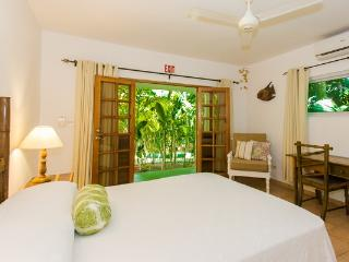 Lower Reef House - BH Condos, Negril