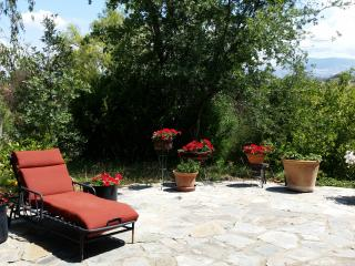 Stay at Wild Oaks Wine Country Retreat, Santa Ynez