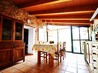 Rustic Villa situated in Binissalem