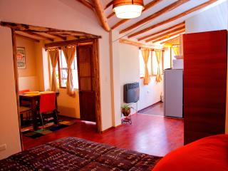 HCA - Penthouse only 3 blocks from the main plaza, Cusco