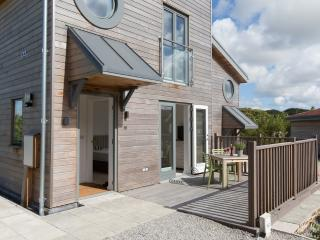 Una Aurum 55 located in St Ives, Cornwall, St. Ives