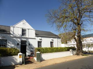 Luxury Cape Dutch House from 1863, Franschhoek